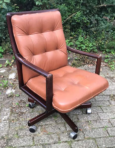 Luxury & Comfortable Classic Office Chair, Netherlands, 1960s