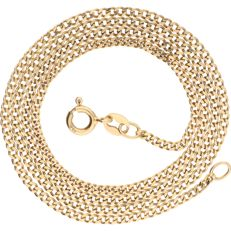 18 kt yellow gold, curb link necklace – length: 45.2 cm