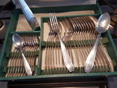 37-piece art deco silverware set from Christofle, by Apollo silversmiths