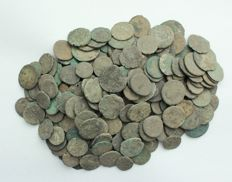 Roman empire - lot of 200 AE coins, first to fourth  century Christ 2