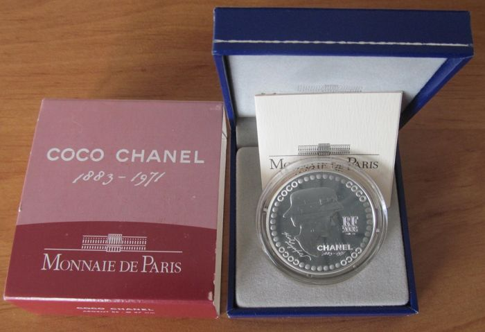 France - 5 Euro 2008 '125th anniversary of Coco Chanel' in a casket - Silver