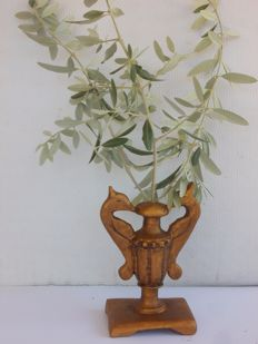 Antique 'portapalme' altar vase in walnut with gold leaf, 18th century, Italy