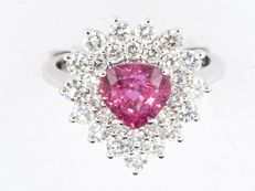 Ring with pink Ceylon sapphire and diamonds 3.11 total. IGI certificate unheated sapphire - size 55