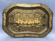 A lacquer tray - China Canton - 1st half 19th century.