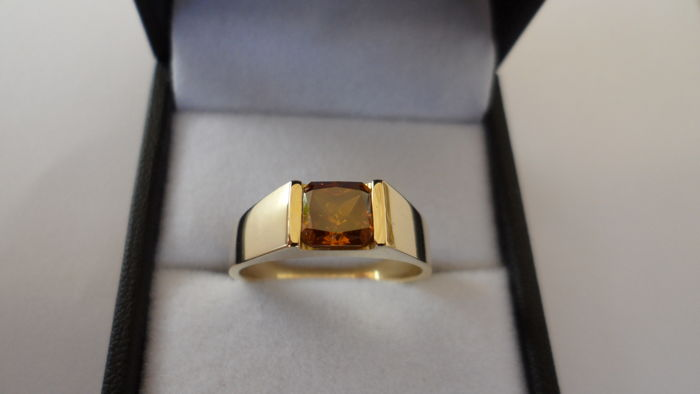 1.11ct Red Orange Diamond in Ring of 14K Solid Yellow Gold  -  Ring Size 17.5/55/7.5 (US)