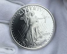 Beautiful 1 OZ Silver Liberty 1927 coin