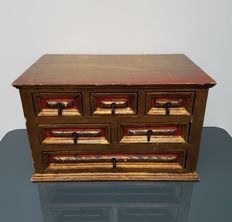 Gold-plated wooden storage case - China - 20th century