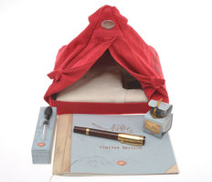 Aurora Nobile Red Tent North Pole 2006 Limited Edition fountain pen