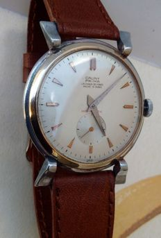 Cauny Prima jumbo Swiss made- Art Deco - men's watch - from the 50s.