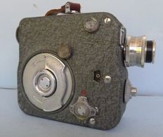 Pathe 9.5 mm film camera with spring drive from 1948