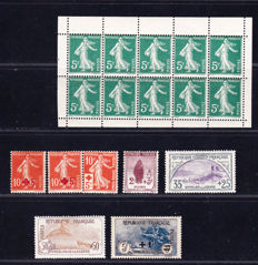 France 1939/1942 – Collection of stamps – between Yvert no. 137 and 450.