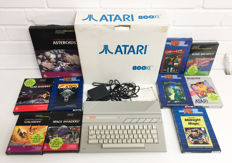 Atari 800XE with 10 games. Ao. Ms Pacman, Necromancer, Space Invaders.
