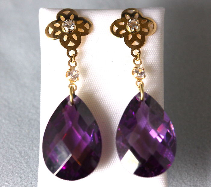14 kt Yellow gold Cataleya Jewels Earrings with Amethyst and Zirconia, 1.2 cm x 1.8 cm