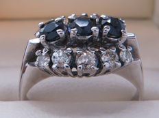 Certified white gold cocktail/channel ring with diamonds and sapphire – 0.96 ct **No Reserve**