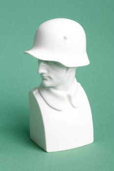 Very rare white porcelain bust soldier with Steel helmet Rosenthal Bavaria No. 710  Approximately 1923-1933.