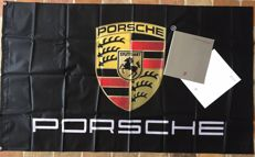 Porsche - Lot of 2 items - New flag (90 x 145 cm) + Advertising catalogue (07/1987) of Porsche 911 Carrera  / Porsche 911 Turbo