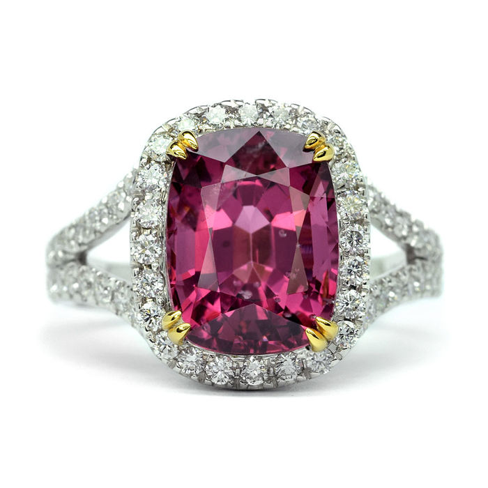 4.50ct Pink Spinel Ring With 68pcs 1.05ct VS/G diamond 14K White Gold - Size: 7 US Ring