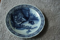 extra large Delft blue boch plate with wild scene