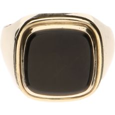 Yellow gold 8 kt signet ring set with onyx – Ring size: 20 mm – NO RESERVE