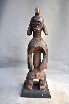 Powerful older ancestral figue-MUMUYE-Nigeria