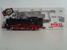Piko H0 - 50244 - Tender Locomotive BR 82 of the DB