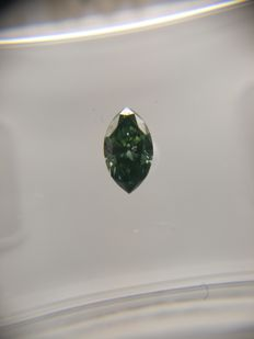 0.23 ct Marquise cut diamond Fancy Dark Yellowish Bluish Green SI2
