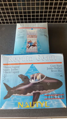Hergé - 2x opblaasbare items Nautyl - Reuze haai (requin géant) + Luchtbed (Matelas) - Kuifje - (1993)
