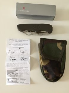 Original Victorinox pocket knife and camouflage pouch Royal Army Air Force & Navy - 2014