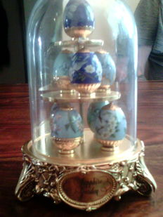 """House of Faberge """" Sapphire Garden"""" From The House of Faberge& Franklin Mint"""