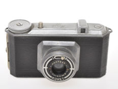 Alpha-Photo Koret 127, simly but very rare Italian camera for film 127
