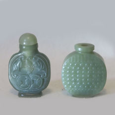 2 snuff bottles from nephrite/hetian jade - China 20th/21st century
