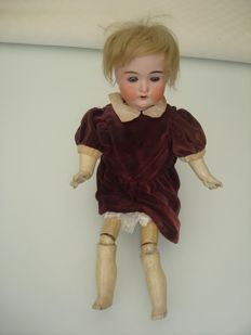 J. H. Jules Hering, Germany - Length 40 cm - Old articulated doll, early 20th century