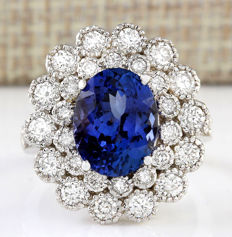 5.51 Carat Tanzanite And Diamond Ring In 14K Solid White Gold - Ring Size: 7 *** Free shipping *** No reserve *** Free resizing ***