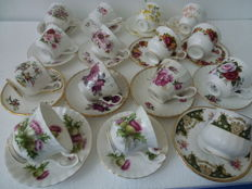 Lot with English cups and saucers, among which Royal Albert and vintage  K.Aynsley &Co. Ltd, Royal Victoris, Royal Kendal etc