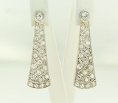 Bicolour gold with platinum earrings set with 42 old cut diamonds, approx. 2.00 ct.