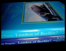 Aviation WW II; Jan Hagens - Londen of Berlijn? - De KLM en haar personeel in Oorlogstijd - Two volumes - 2000/2005