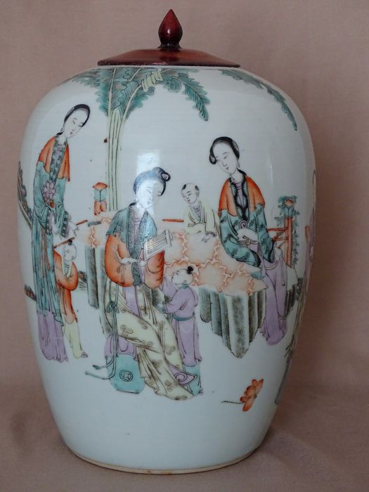 Antique chinese dekoration vase with characters china for Dekoration china