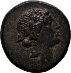 Greek Antiquity - PONTOS. Amisos. Ae (85-65 BC). Mithridatic War issue.
