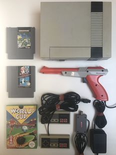 Nes console with 3 games