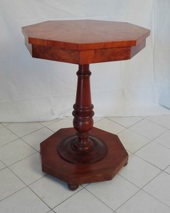 Antique Donzella round table in cherry wood - Italy - ca. 1800/1830