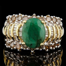 14K Yellow  Gold Ring With 1.72 ct Emerald  and 1.01ct Diamonds - US Size 7.5
