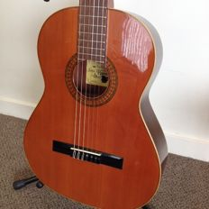 Raimundo Model 112 Classical Guitar