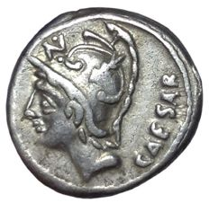 The Roman Republic - L. Julius L.f. Caesar - AR Denarius (17mm; 3,78g) - Rome mint, 103 BC - Head of Mars / Venus Genetrix in biga - Cr. 320/1; Syd. 593