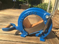 Raadvad  - Cutter / Bread Slicer Danish Design no. 294 Blue 1950's