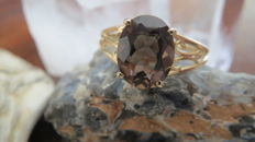 Yellow Gold Jugendstil Ring set with large Natural Smoky Quartz.