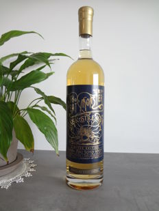 The Peat Monster Cask Strength Compass Box, 1.5L