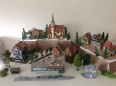 Vollmer/Kibri N - Timber-framed town with trees