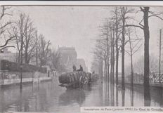 very good lot of 50 old postcards of the paris floods