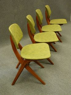 "Van de Veer – 4 dining room chairs, model ""Scissor"""