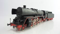 Fleischmann H0 - 1364 - Steam locomotive with pulled coal tender BR 41 of the DB